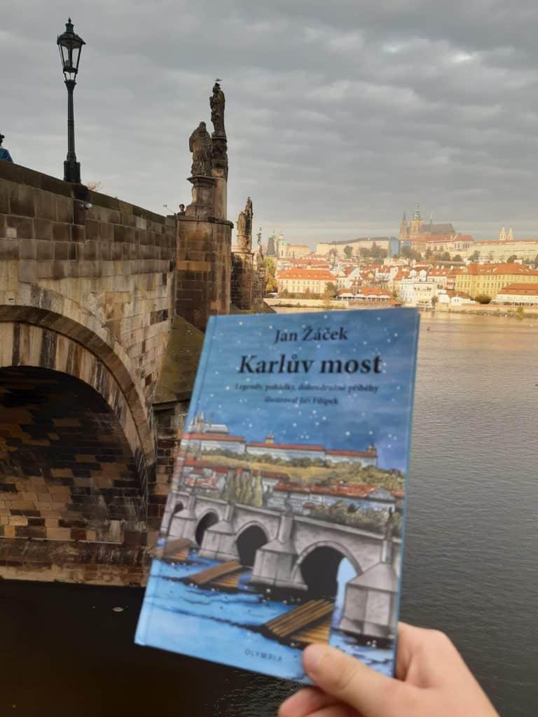 Výlet do Prahy: Karlův most s dětmi