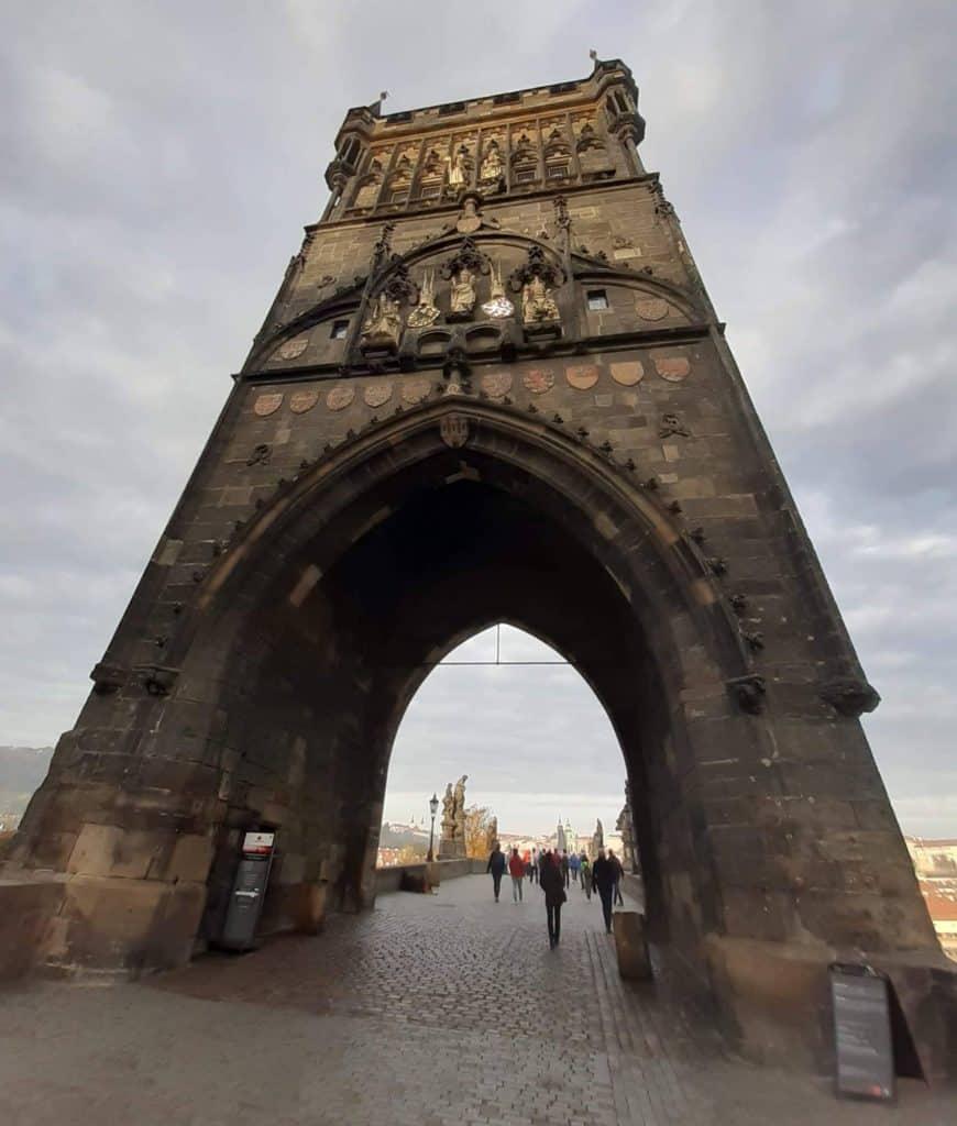 Výlet do Prahy: Karlův most s dětmi, Staroměstská mostecká věž