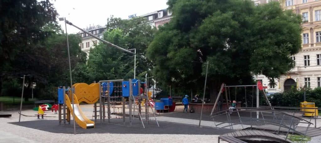 Výlet vlakem do Prahy: Hlavní nádraží v Praze s dětmi