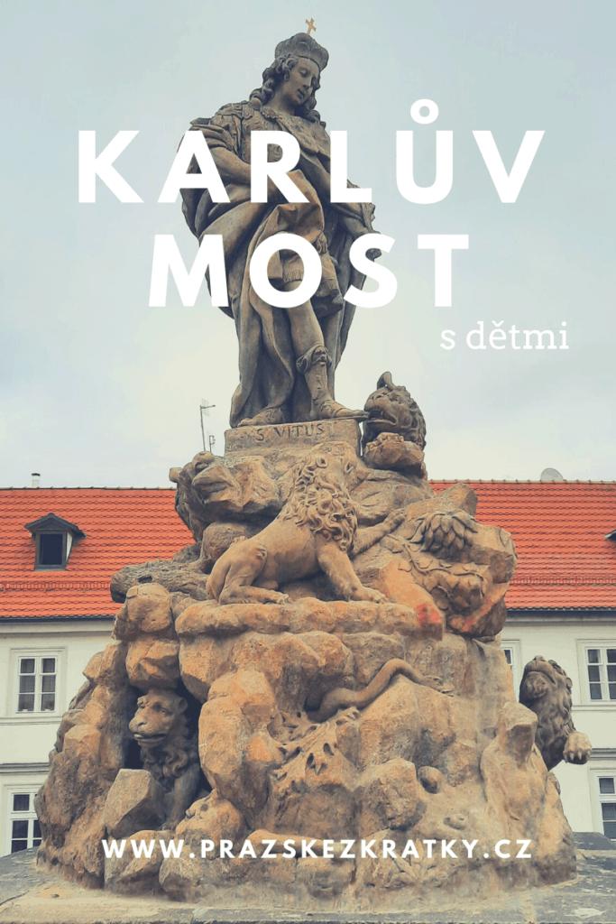 Karlův most s dětmi: Nejdelší lev v Praze