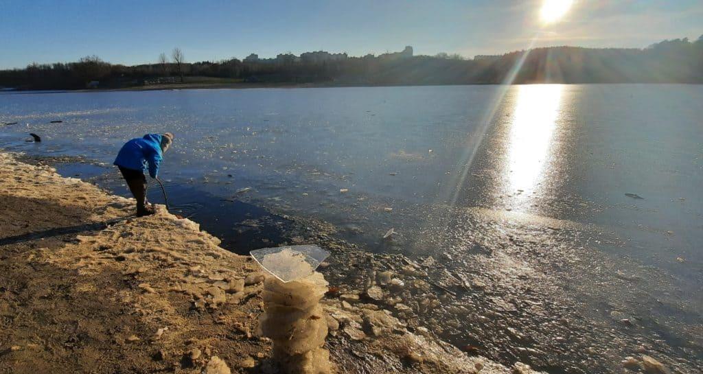 Kam s dětmi v Praze v zimě: Hostivařská přehrada